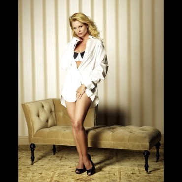 "Nicollette Sheridan en promo pour la saison 5 de ""Desperate Housewives"""
