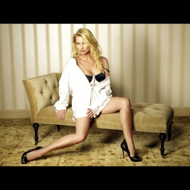 "Nicollette Sheridan pose pour la saison 5 de ""Desperate Housewives"""