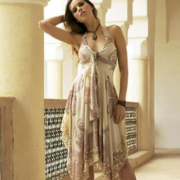 Robe beige - 3 suisses