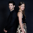 Adèle Exarchopoulos et Pierre Niney lauréats des prix Romy Schneider et Patrick Deweare à l'hôtel Scribe à Paris le 7 avril 2014