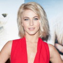 "Julianne Hough au photocall du film ""Safe Haven"" à Londres le 19 février 2013"