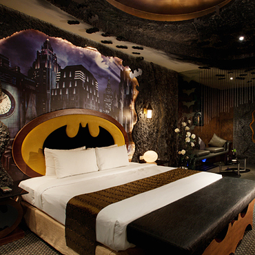 une chambre d 39 h tel 100 batman ta wan la chambre batman de l 39 eden hotel d co. Black Bedroom Furniture Sets. Home Design Ideas