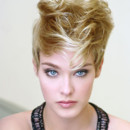 Look coiffure : coupe courte Any d'Avray rock