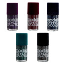 Vernis pailletés collection Velvet Goth Models Own en exclusivité Monoprix à 5,99 euros