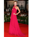 Natasha Poly en Gucci à Venise sur le red carpet du film W