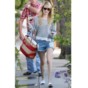 Emma Roberts et son short destroy