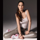 Marie Ange Casta sexy sportive pour Reebok Easytone