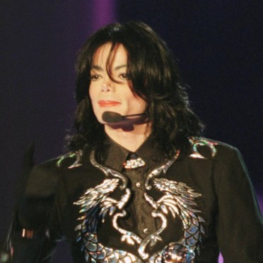 people-michael-jackson-2482739_1350.jpg