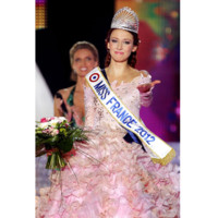 Miss France 2012 : les coulisses d&#039;une coiffure de star avec Delphine Wespiser