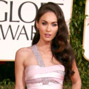 Megan Fox sexy aux Golden Globes 2011