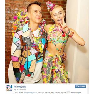Miley Cyrus et Jeremy Scott à la Fashion Week de New York pour présentation leur collection collaborative pour la saison printemps-été 2015.
