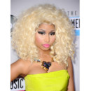 Nicki Minaj en blonde