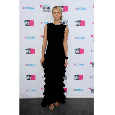 Critic's Choice Awards Charlize Theron en Azzedine Alaia