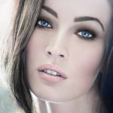 Megan Fox pour gloss armani