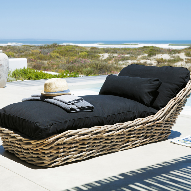 Maisons du monde 32 ambiances outdoor d couvrir m ridienne saint tropez - Maison du monde outdoor ...