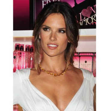 Alessandra Ambrosio Les mannequins Victoria's Secret à la Fashion Night Out de News York