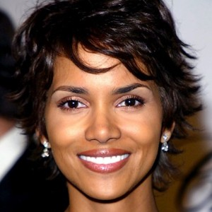 Photo halle berry people - Coupe courte halle berry ...