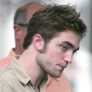 photos robert pattinson le beau gosse de twilight qui. Black Bedroom Furniture Sets. Home Design Ideas