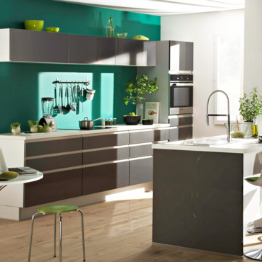 cuisine but d couvrez les nouvelles cuisines 2013 cuisine platine but d co. Black Bedroom Furniture Sets. Home Design Ideas
