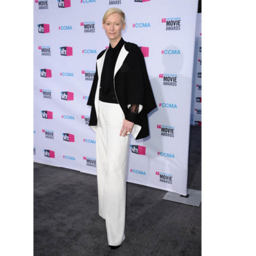 Critic's Choice Awards Tilda Swinton en YSL