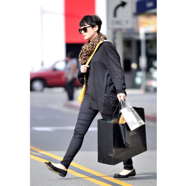Ginnifer Goodwin fait du shopping
