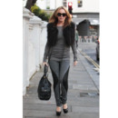 Kylie Minogue en mode fourrure chic