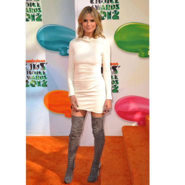 Heidi Klum aux Kid's Choice Awards en Roland Mouret