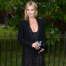 Kate Moss lors de la Summer Party organisée par la Serpentine Gallery mercredi 26 juin 2013 à Hyde Park, Londres