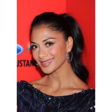 Nicole Scherzinger aux Elle Women in Music 2012 queue de cheval avril 2012