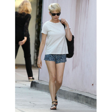 Michelle Williams mixe les imprimés