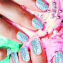 Manucure bijoux vernis à ongles Nails Inc. London, chez Sephora : Nail Jewellery, Sprinkles et paillettes 3D : 14€