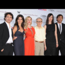 Woody Allen, Chris Messina, Penelope Cruz, Scarlett Johansson, Rebecca Hall et Javier Bardem