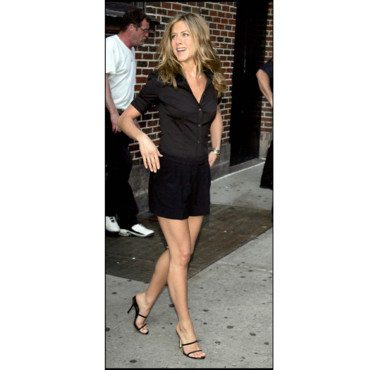 Jennifer Aniston en mini short
