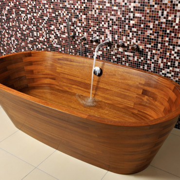 d co salle de bain le retour des baignoires en bois tendances d co d co. Black Bedroom Furniture Sets. Home Design Ideas