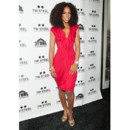 Kelly Rowland en robe sexy rose flashy