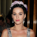 Katy Perry toute en fleurs pour le lancement de Gatsby Le Magnifique 