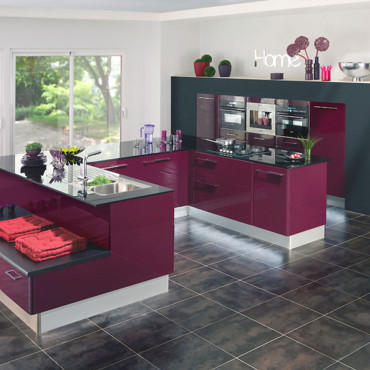 d co cuisine aubergine. Black Bedroom Furniture Sets. Home Design Ideas