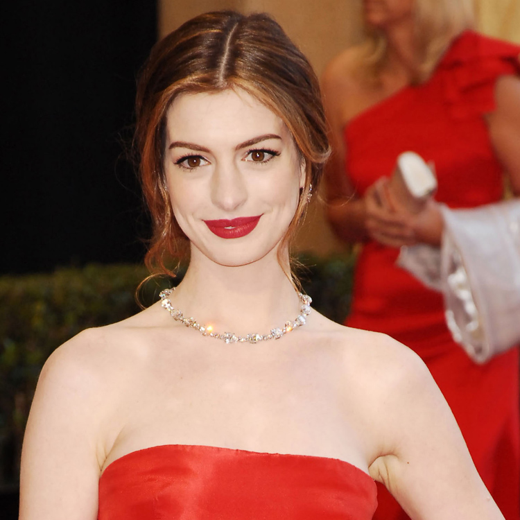 Anne Hathaway : Jolis Minois ! : Tapis Rouge