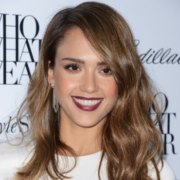 Jessica Alba à la soirée Who What Where à Los Angeles le 24 octobre 2013