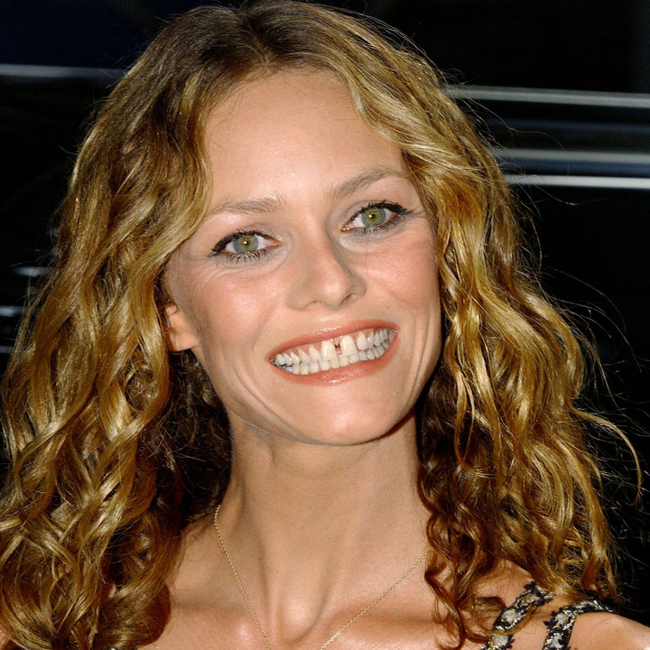 vanessa paradis malheureuse en amour actu people. Black Bedroom Furniture Sets. Home Design Ideas