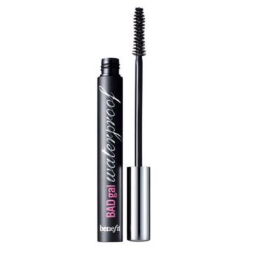 Mascara BADgal waterproof Benefit 22 euros en exclusivité chez Sephora