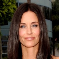 Photo : le regard azur de Courteney Cox Arquette