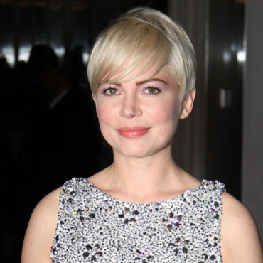 Michelle Williams sexy avec sa coupe courte