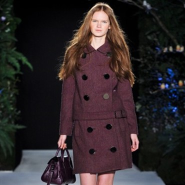 College girl chez Mulberry