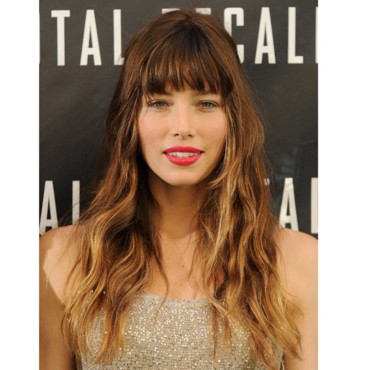 Jessica Biel et son beauty look glamour
