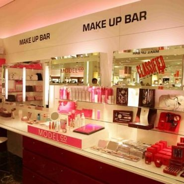 Make-up Bar du Printemps Haussmann