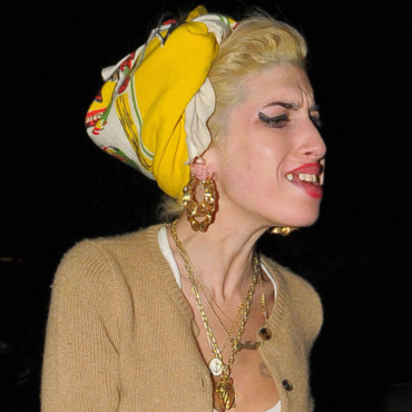 Amy Winehouse sexy blonde