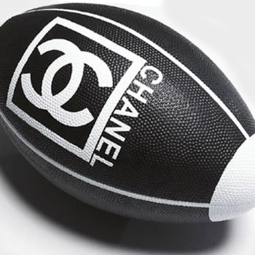 Ballon de rugby Chanel