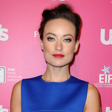 Olivia Wilde rouge à lèvres flashy