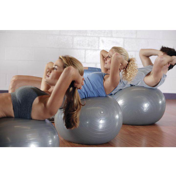 5 exercices avec un swissball les abdos encore bien. Black Bedroom Furniture Sets. Home Design Ideas